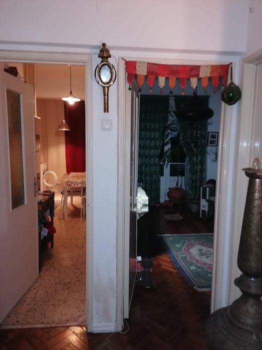 Cuddly single bedroom close to Saldanha metro