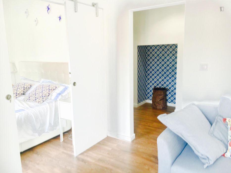 Recently renovated apartment next to Martim Moniz metro station