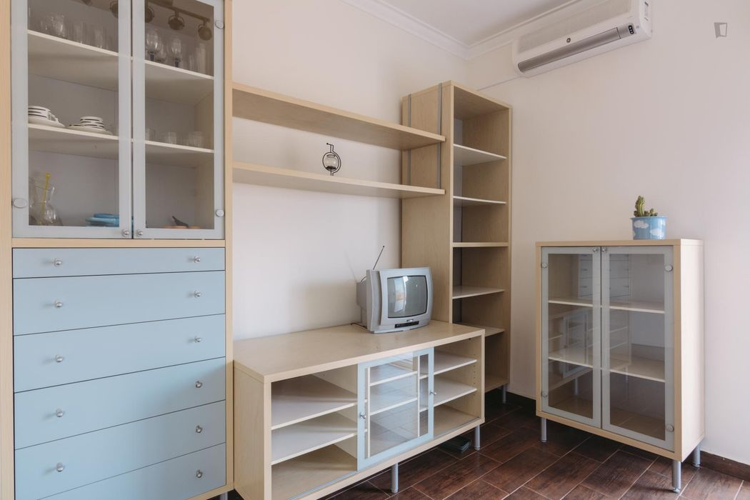 Bright 1-bedroom apartment in Amadora