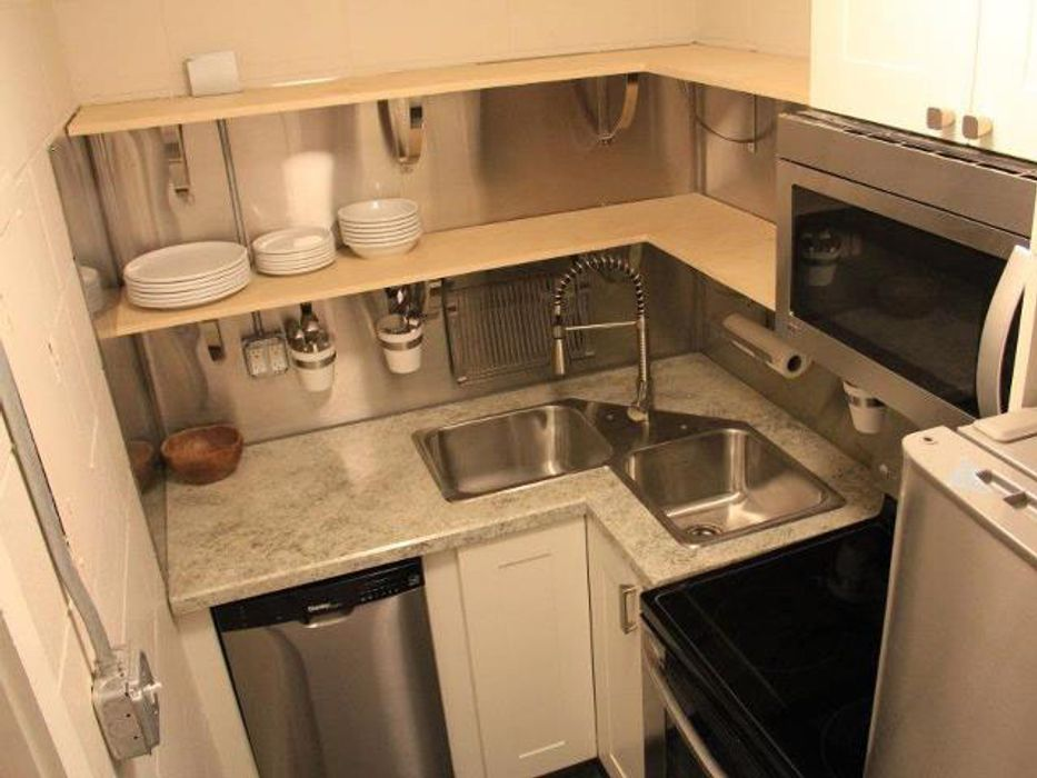 759 Apartments
