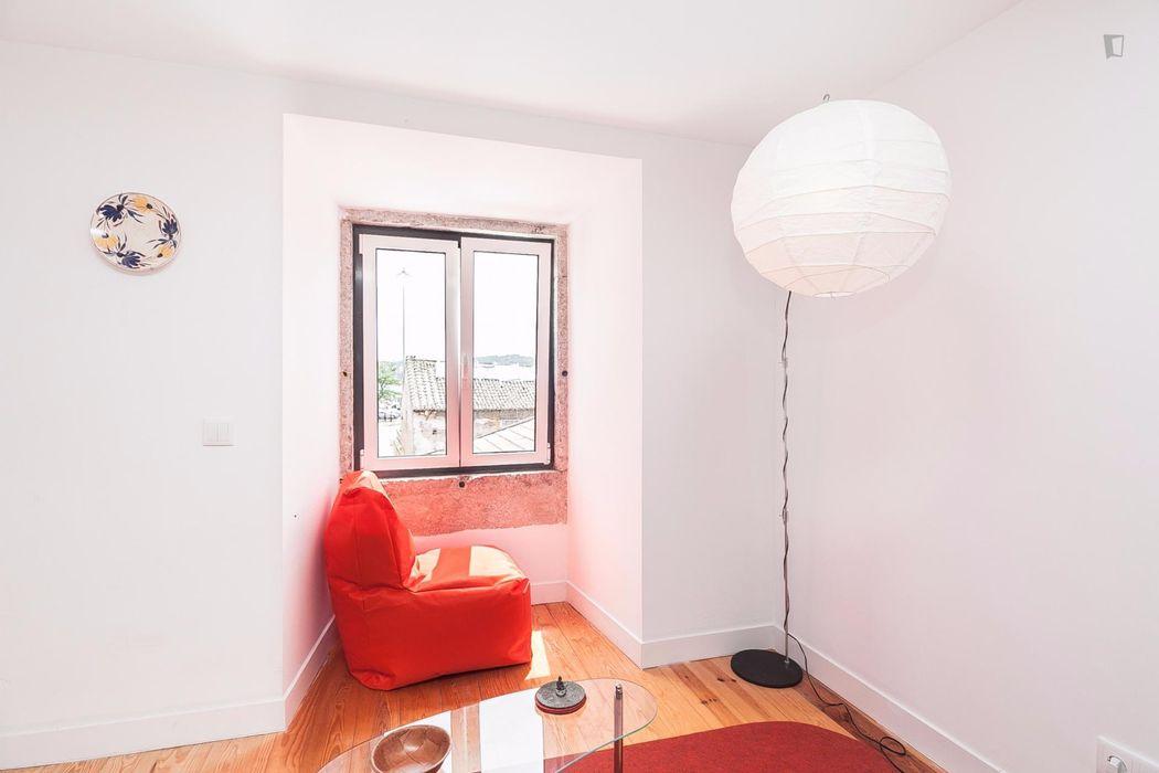 Modern 1-bedroom flat in Belém