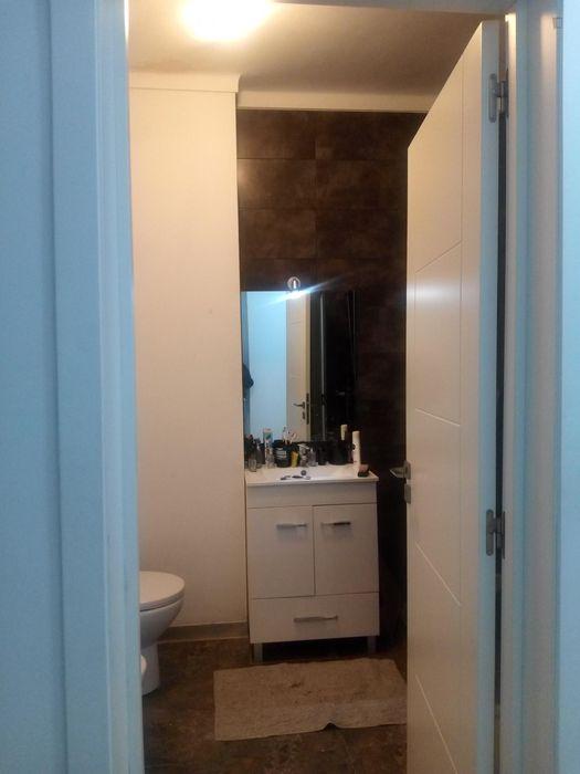 Cosy single bedroom with private bathroom in Arroios