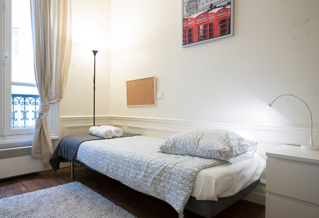 Student accommodation photo for 16 Rue du Vieux Colombier in 5th, 6th & 7th Arrondissement, Paris