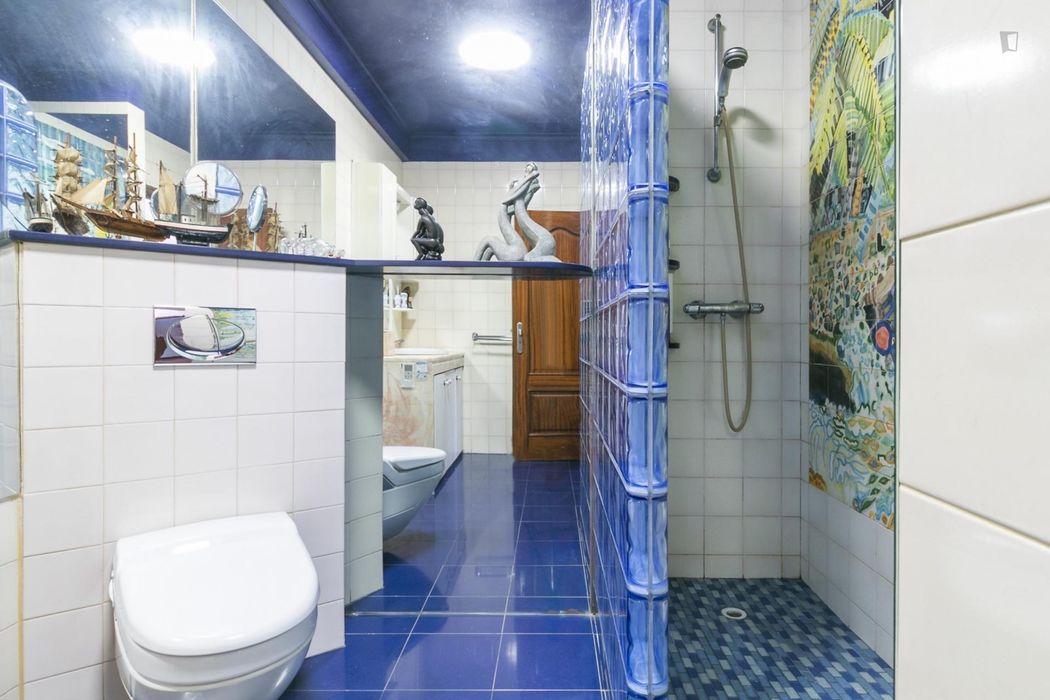 Great single bedroom close to Lisboa Santa Apolónia train station