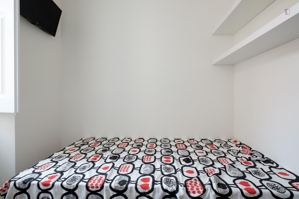Welcoming studio in residential Penedo da Saudade