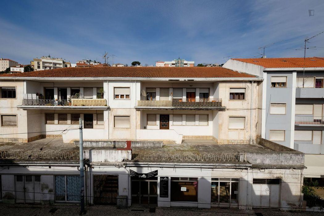 Wondrous studio placed near the Centro De Estudos E Formação Autarquica (Cefa)