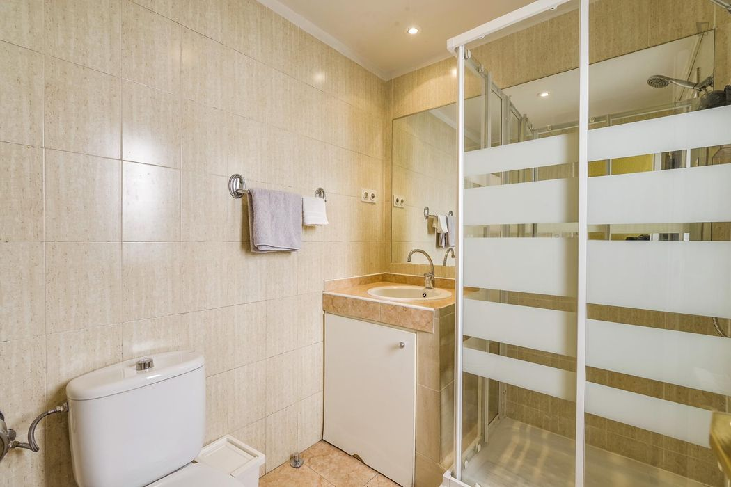 Lovely double bedroom in Recoletos