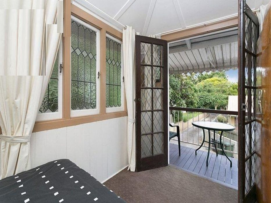 Student accommodation photo for 45 Fenton Street in Fairfield, Brisbane