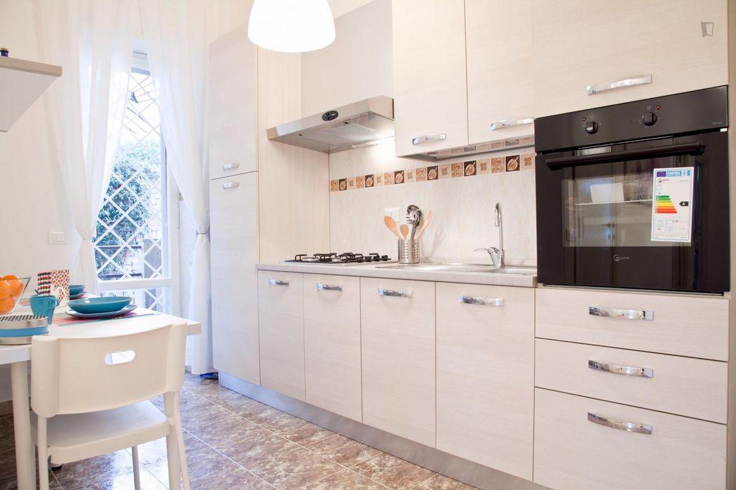 Nice single bedroom close to Università degli Studi Roma Tre - Ingegneria