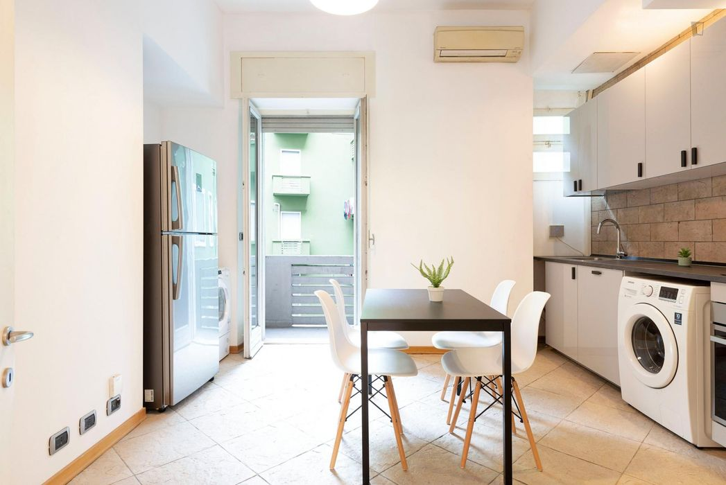 Nice single bedroom close to Milano Centrale Railway Station