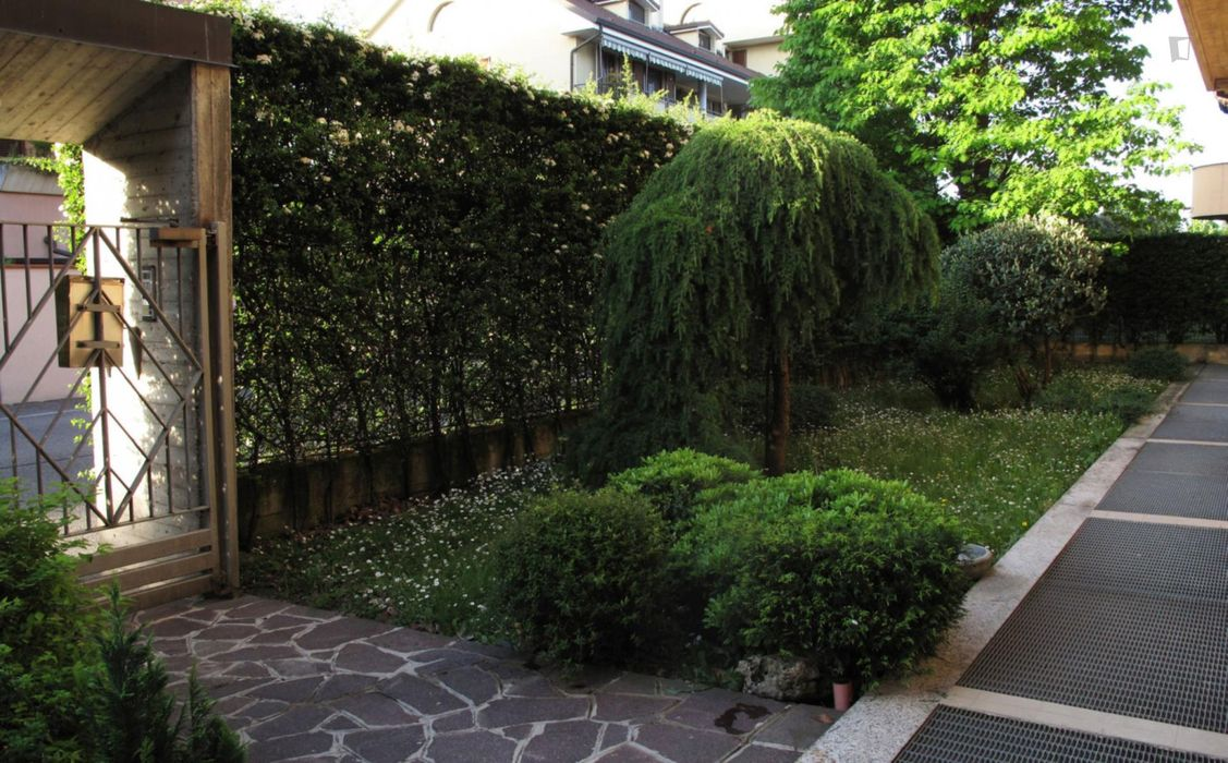 5-bedroom apartment, with outdoor area