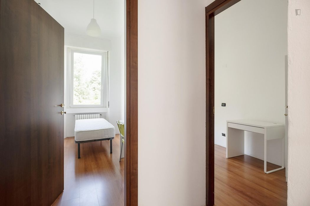 Single bedroom close to Politecnico