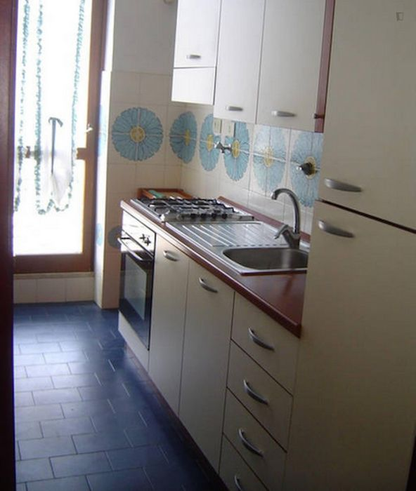 Ample 2-bedroom apartment in Ostia