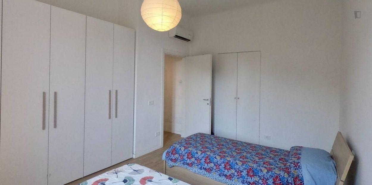 Cosy 2 Bedrooms Apartment very close to Ca' Granda Metro Station