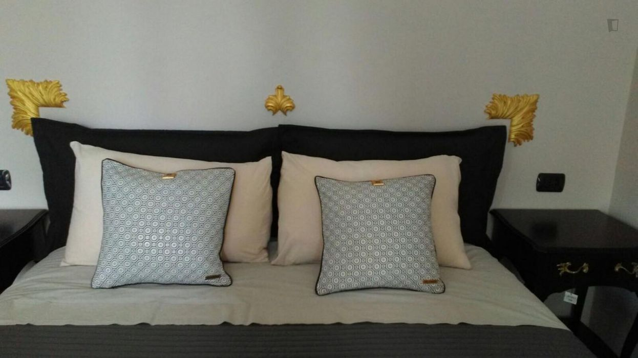 Nice 1-bedroom apartment close to Gambara metro station