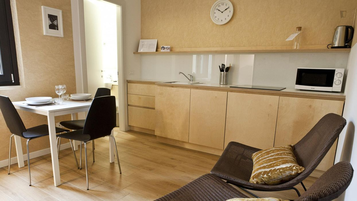 Welcoming 1-bedroom apartment near the famous Stazione Centrale neighbourhood