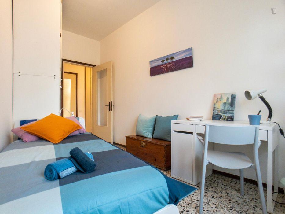 Snug single bedroom close to Bicocca University