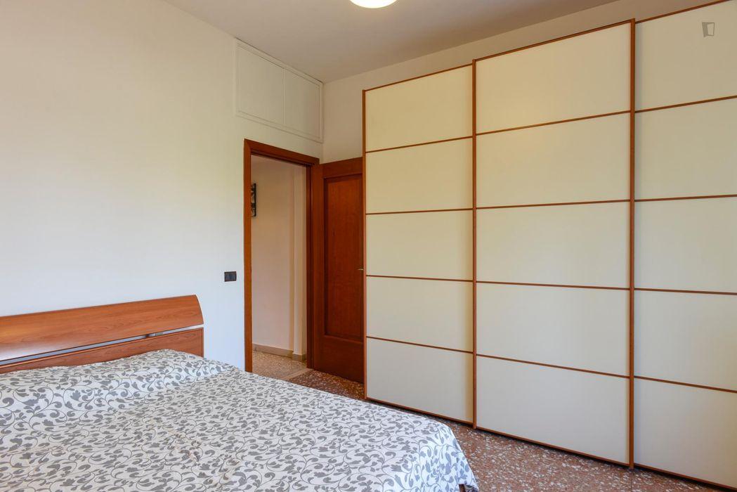High-quality double bedroom close to Tenuta di Tormarancia