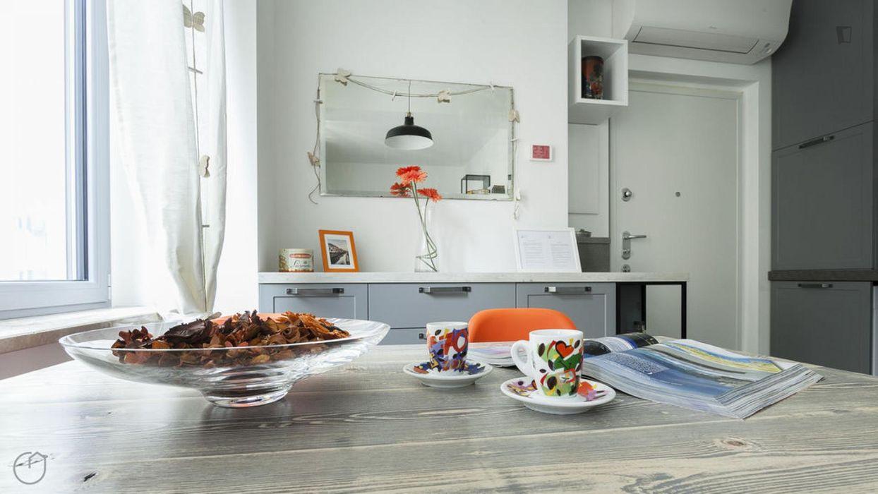 1-bedroom apartment near Cadorna station