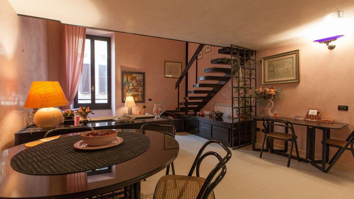 Elegant 1-bedroom apartment in Centro Storico neighbourhood