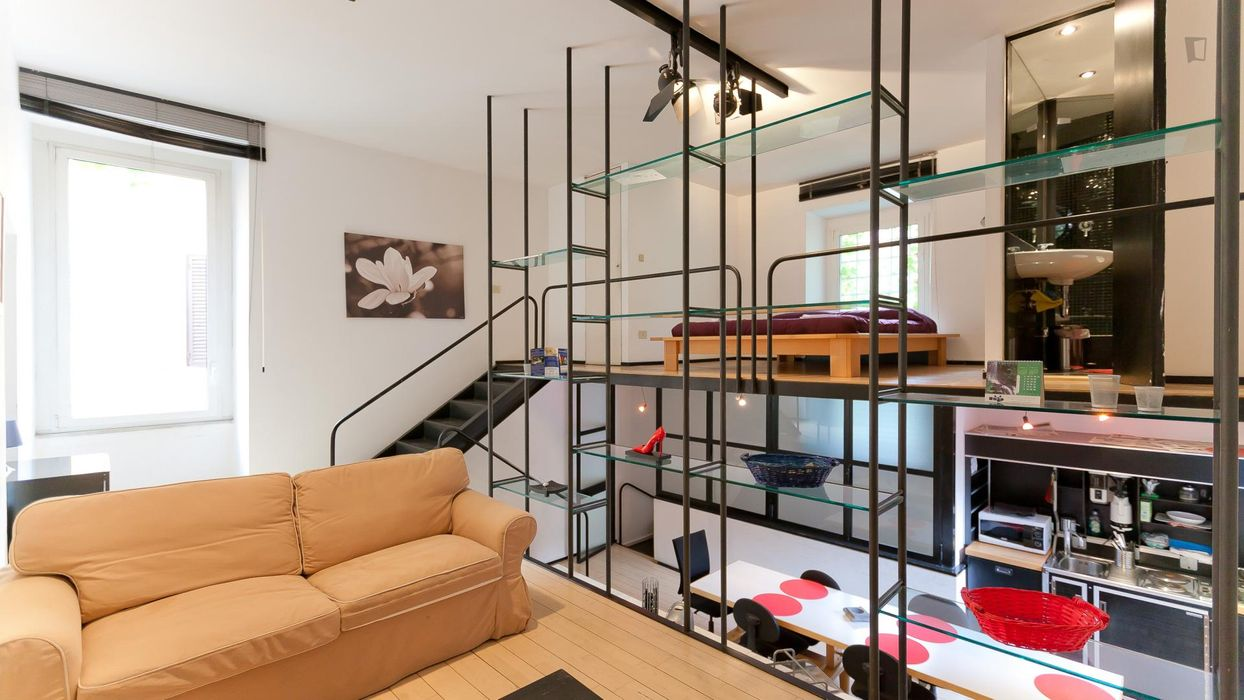 Fashionable 1-bedroom loft apartment in Rione XIII Trastevere
