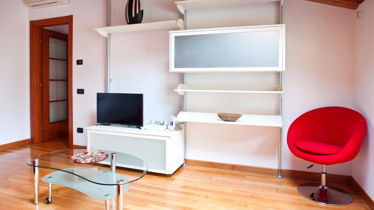 Welcoming apartment near De Angeli metro station