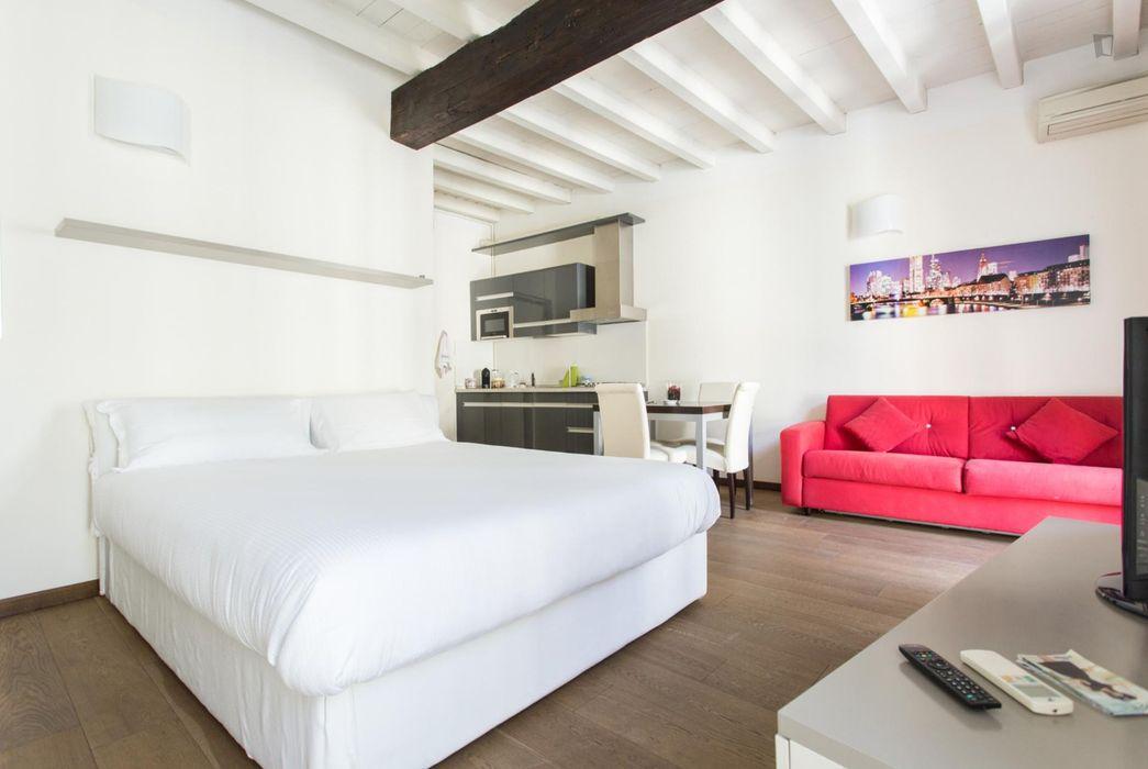 1-Bedroom apartment near Lanza metro station
