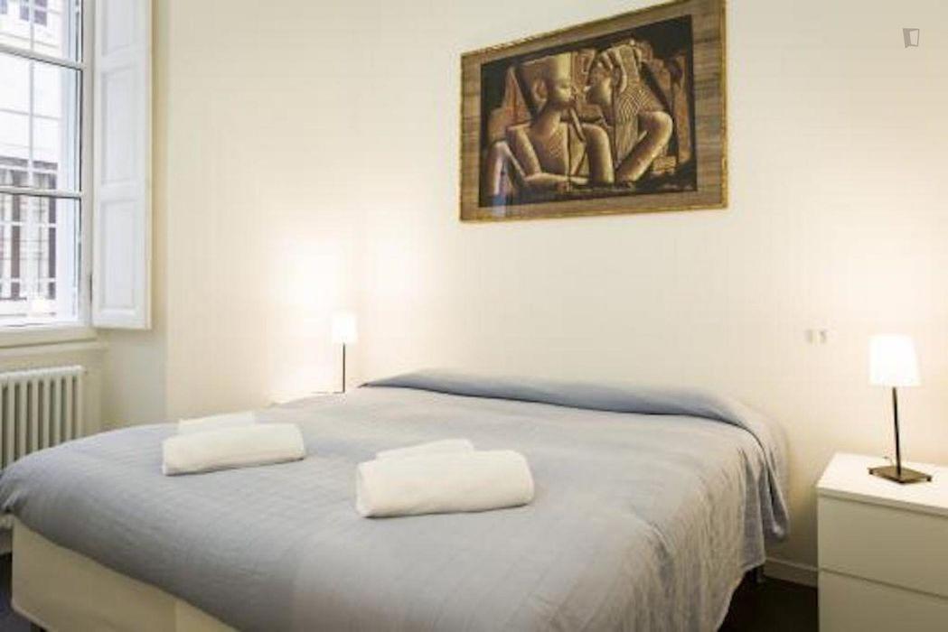 Nice 4-bedroom apartment close to Santa Maria degli Angeli e dei Martiri