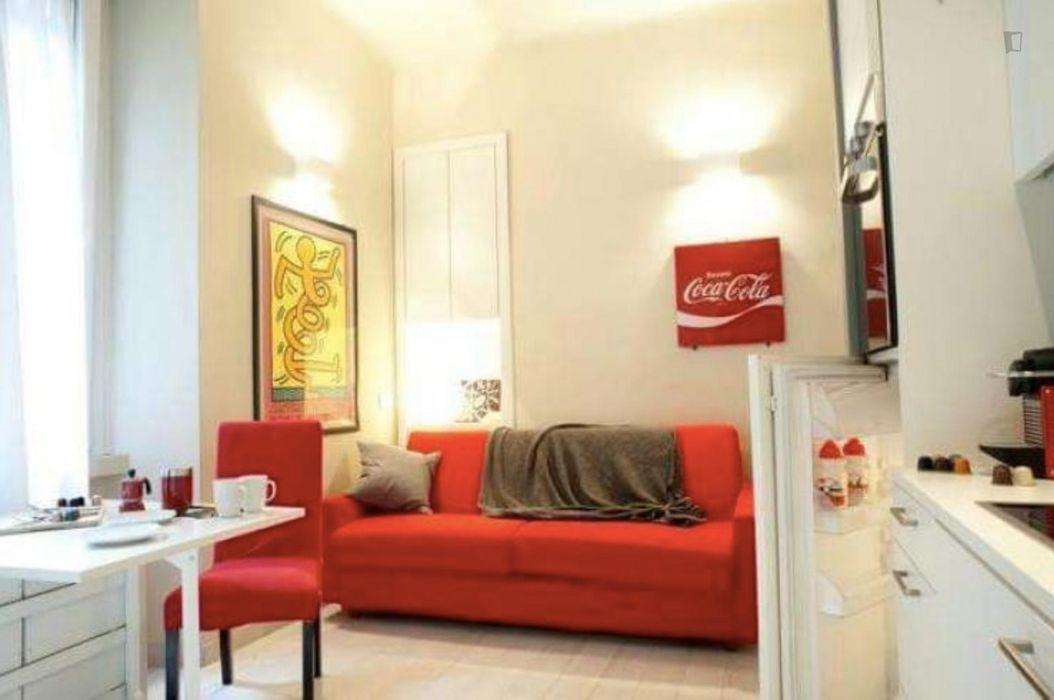 Appealing studio in Porta Venezia
