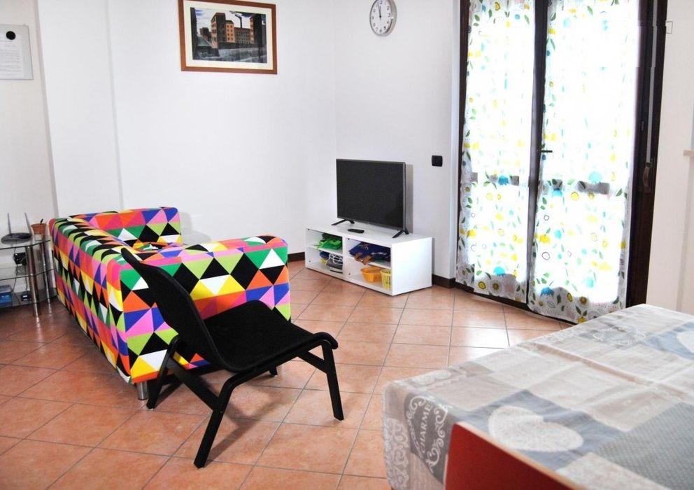Welcoming single bedroom placed in Niguarda