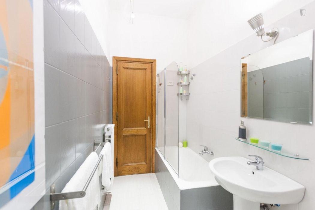 Beautiful 2 bedroom apartment in the heart of San Lorenzo neighbourhood