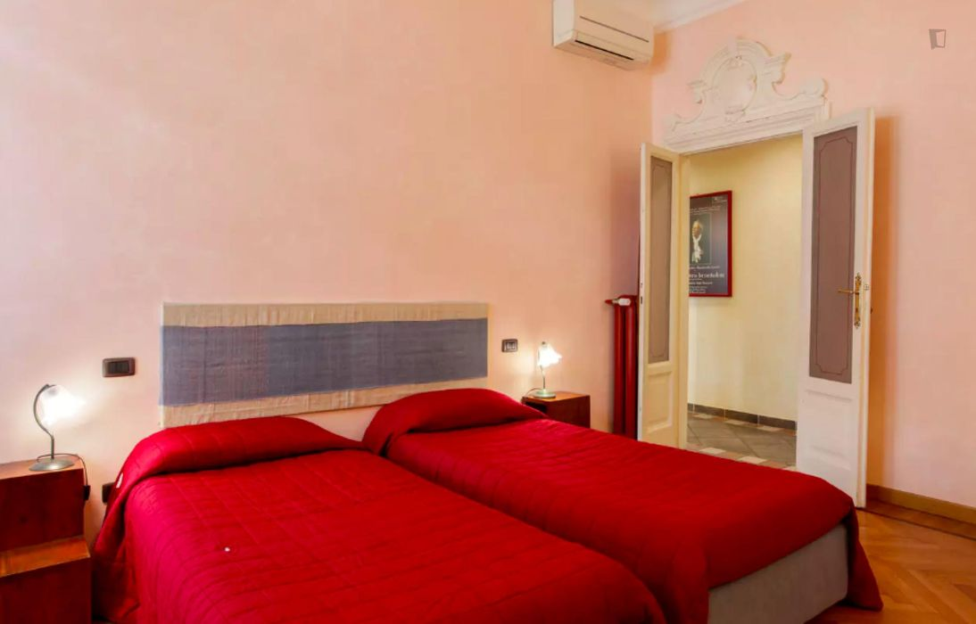 Cool 2-bedroom apartment in the Centrale district