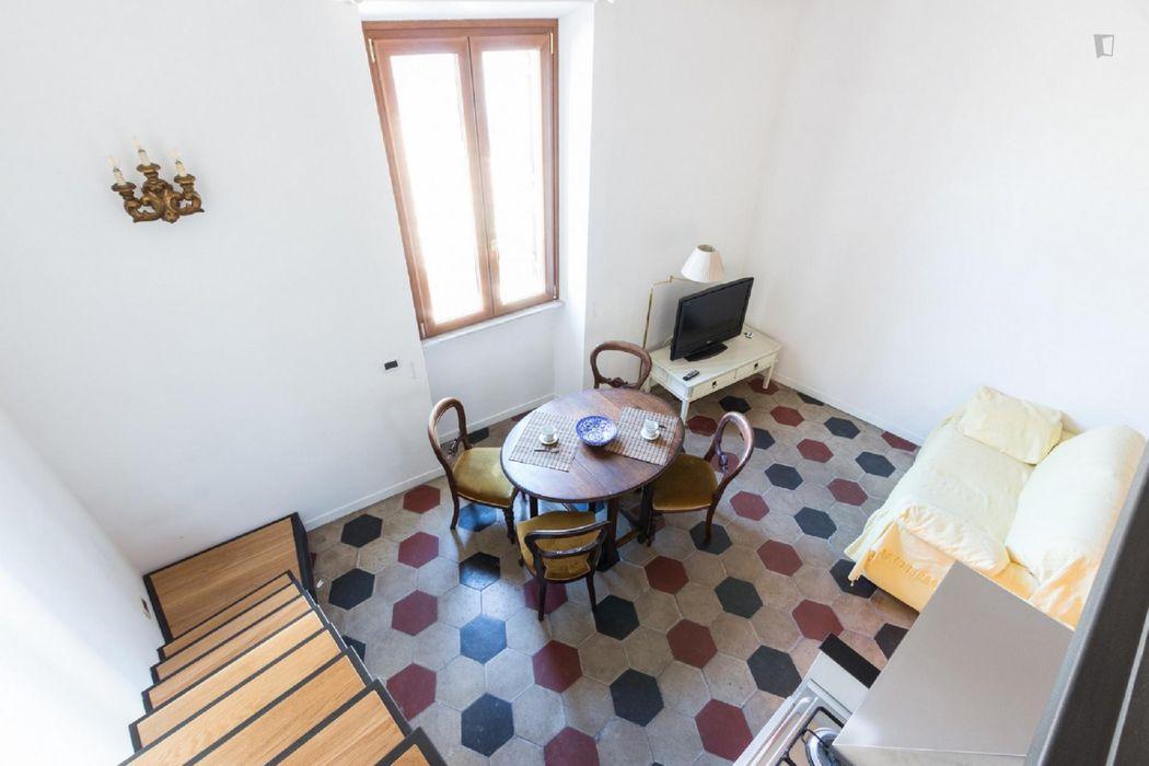 Charming 2-bedroom apartment near Fontana del Nettuno