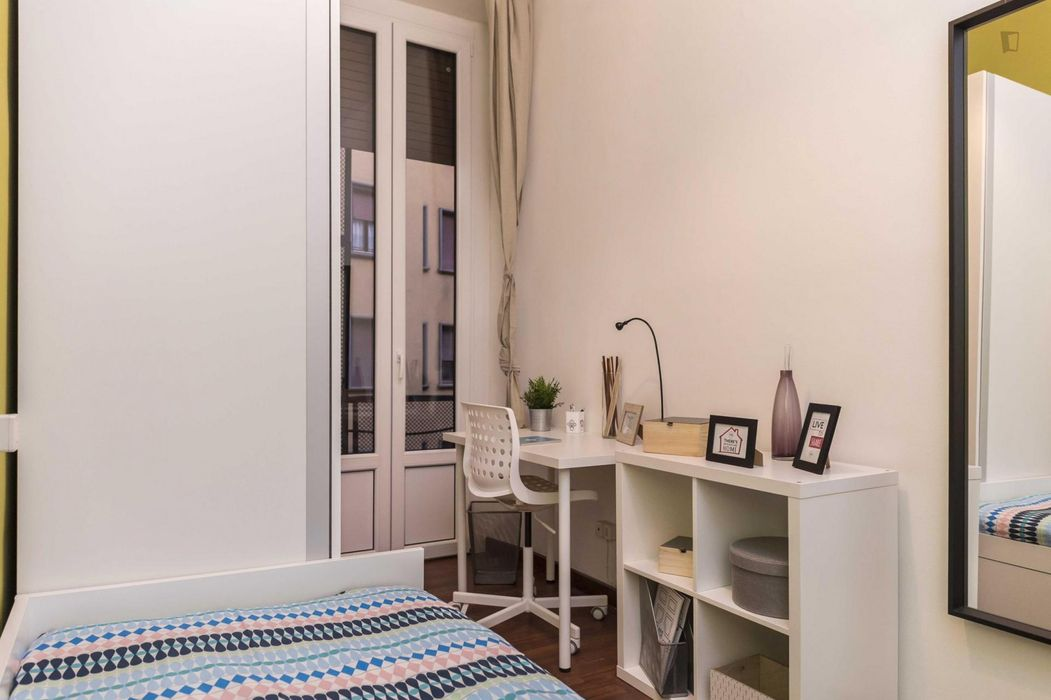 Chic single bedroom near Milano Centrale train station