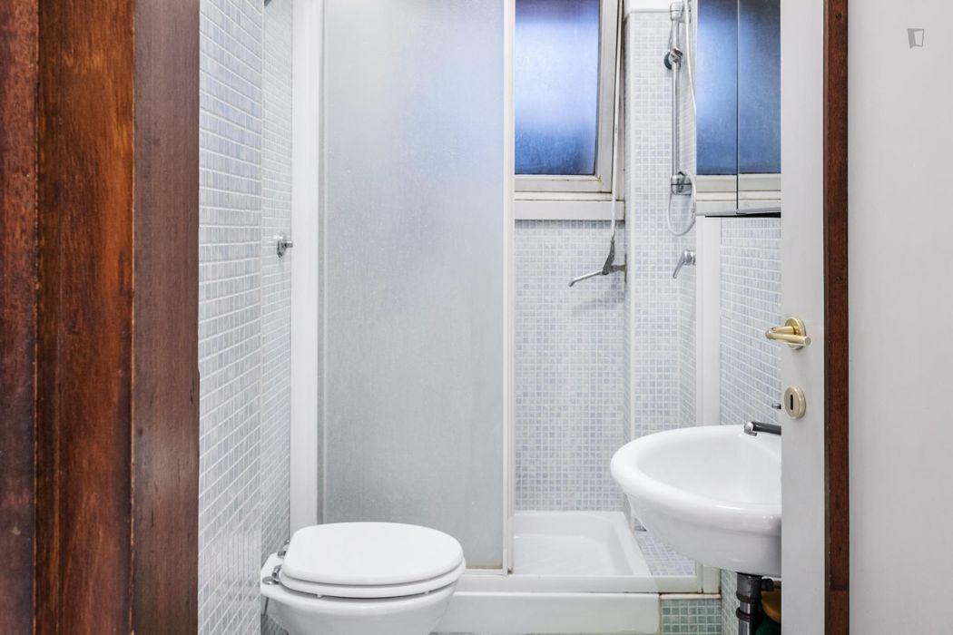 Single room in Trieste, near Libia metro station
