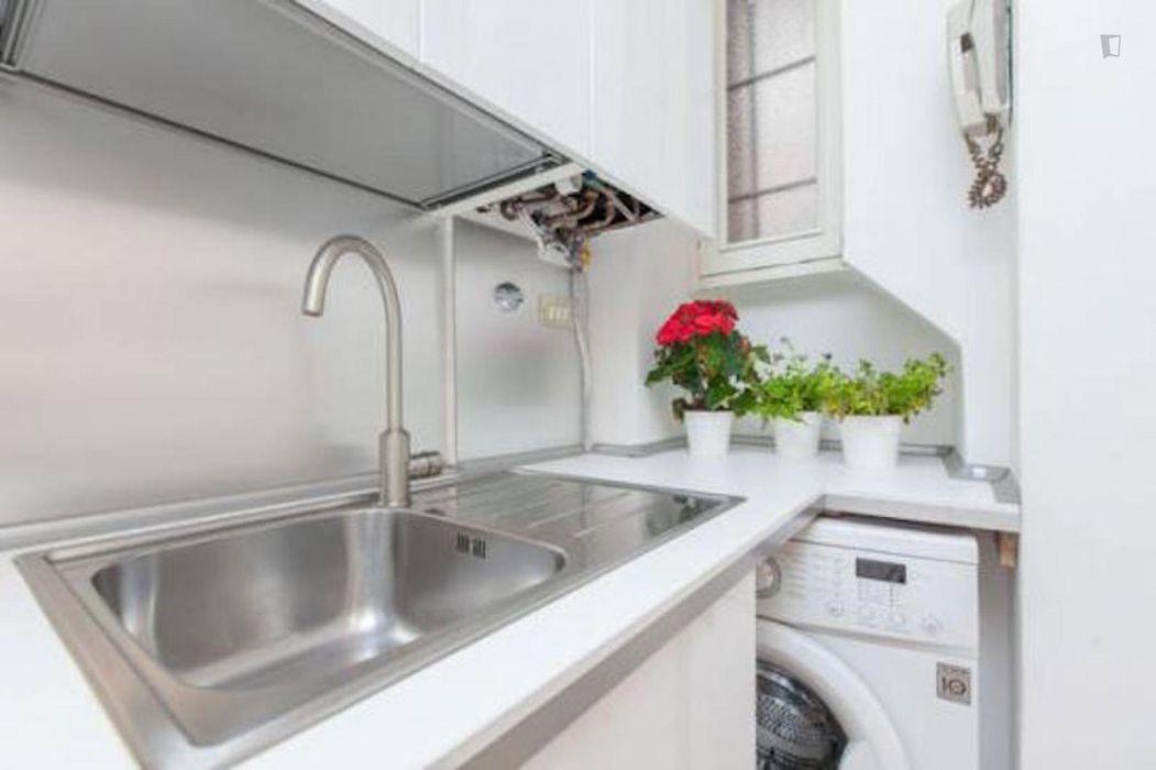 Elegant 1-bedroom apartment near P.ta Venezia metro station