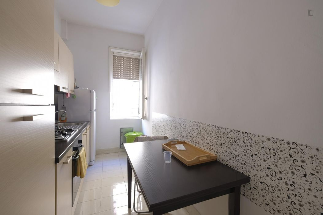 Lovely double bedroom with private balcony in Piazza Bologna neighbourhood