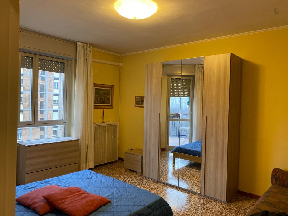 Nice single room well connected to city centre