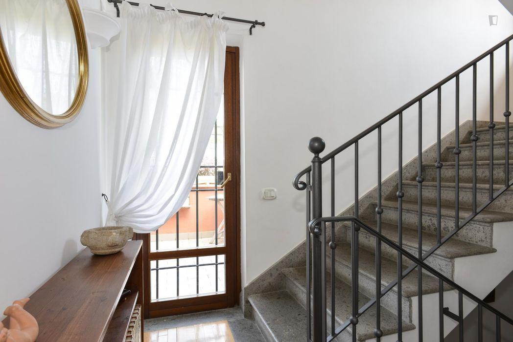 Fabulous double ensuite bedroom in 7-bedroom property, in Municipio XII