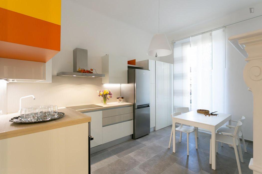 Double bedroom with en-suite bathroom and balcony, in 3-bedroom apartment