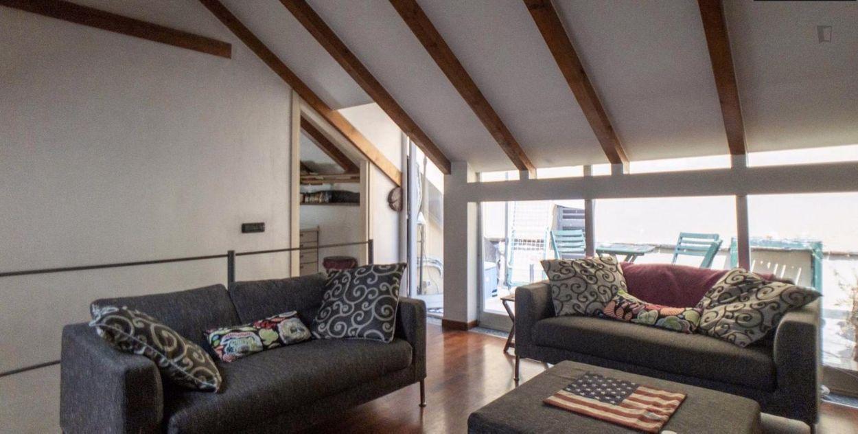 2-bedroom apartment located in Navigli area