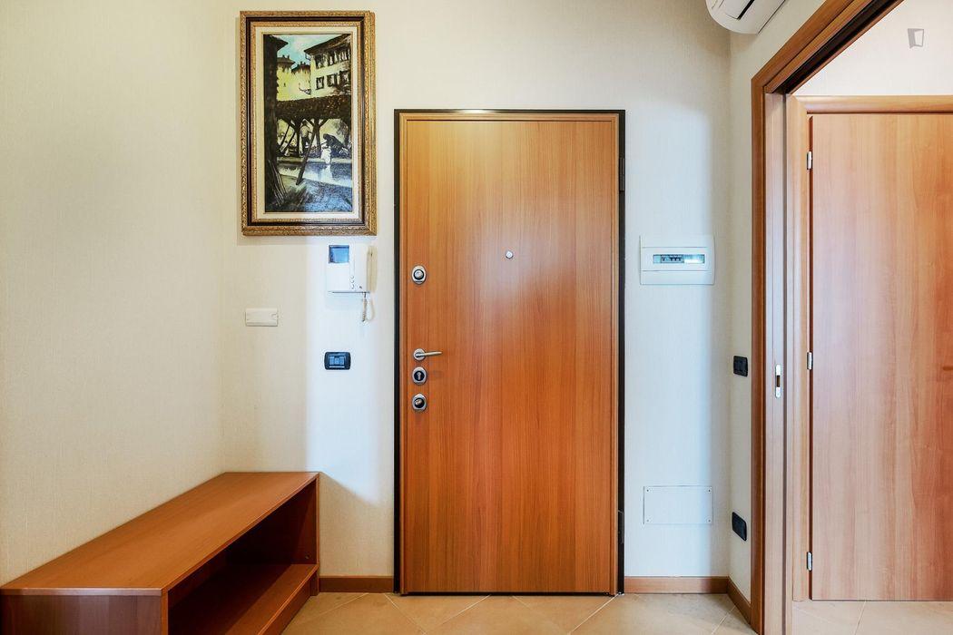 Cosy Single Bedroom close to Parco delle Cave