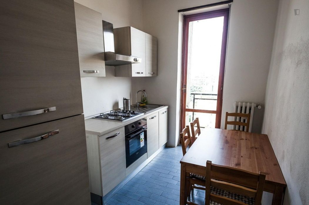 Bright single bedroom close to Famagosta metro station