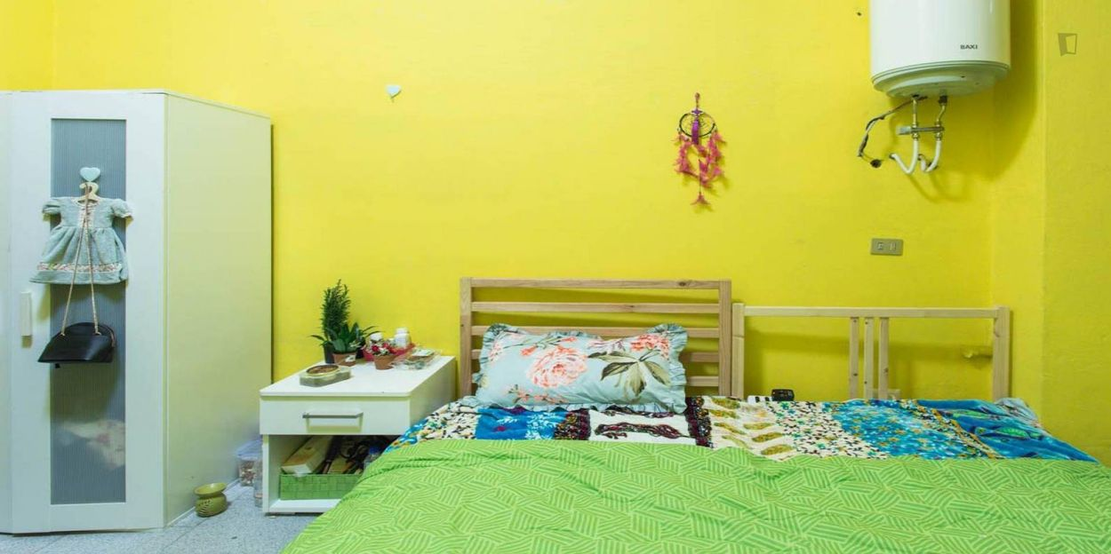 Cosy double bedroom close to NABA