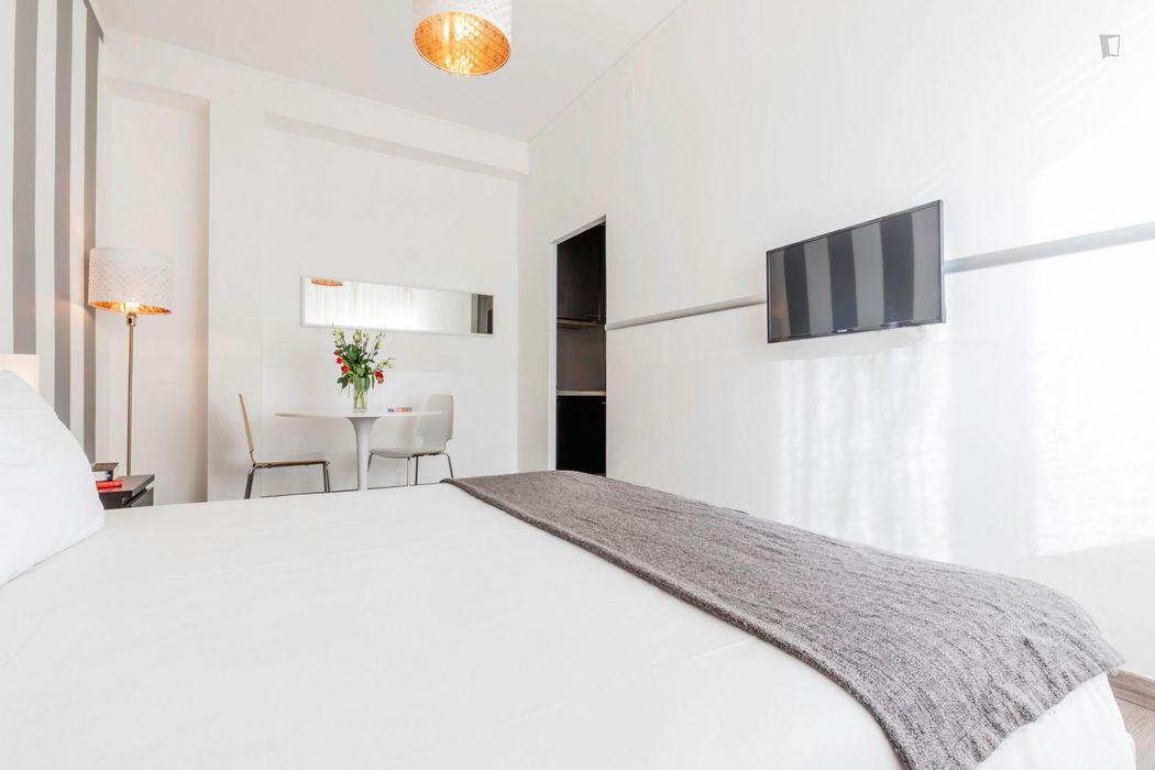 Fantastic 1-bedroom apartment near Missori metro station