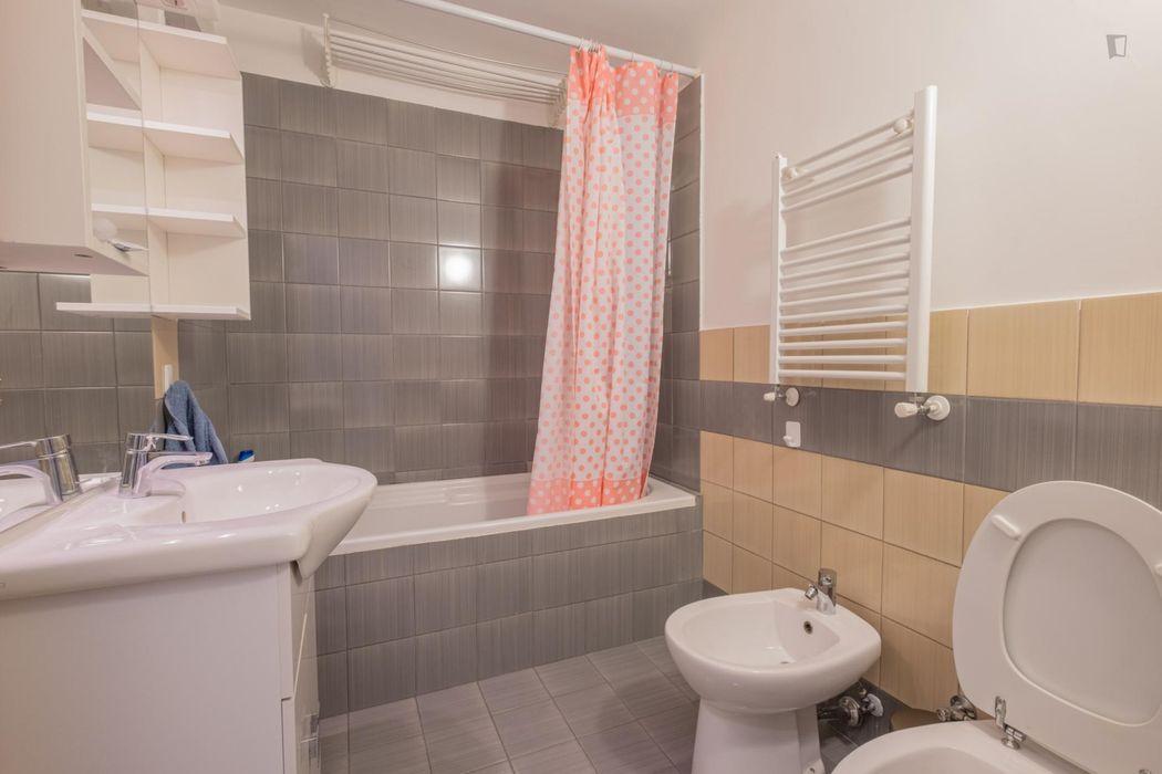 Luminous double bedroom close to Luiss University