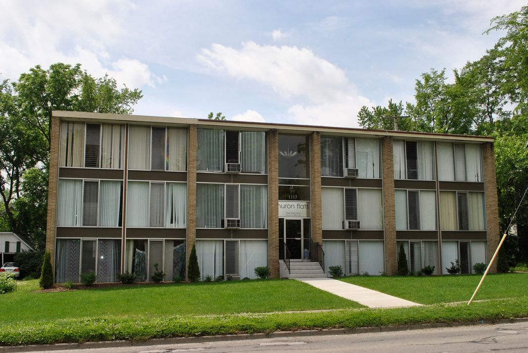 Student accommodation photo for Huron Flats in Downtown Ann Arbor, Ann Arbor