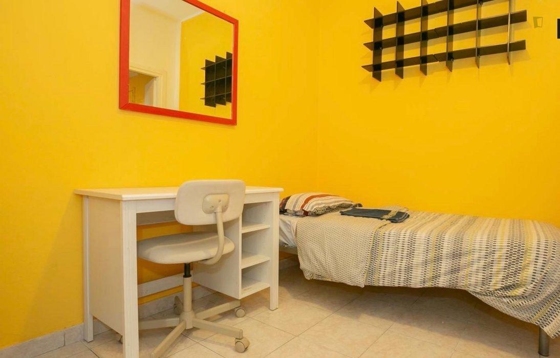 Bright 2-bedroom apartment close to Naviglio Pavese