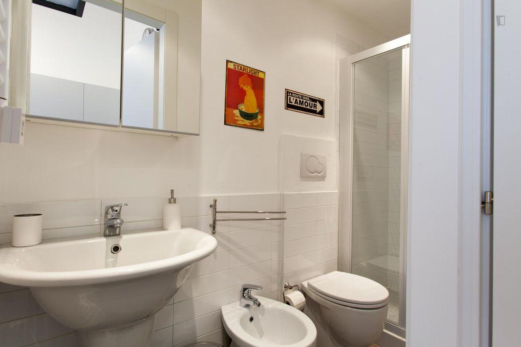 Charming 1-bedroom flat near Sondrio metro station