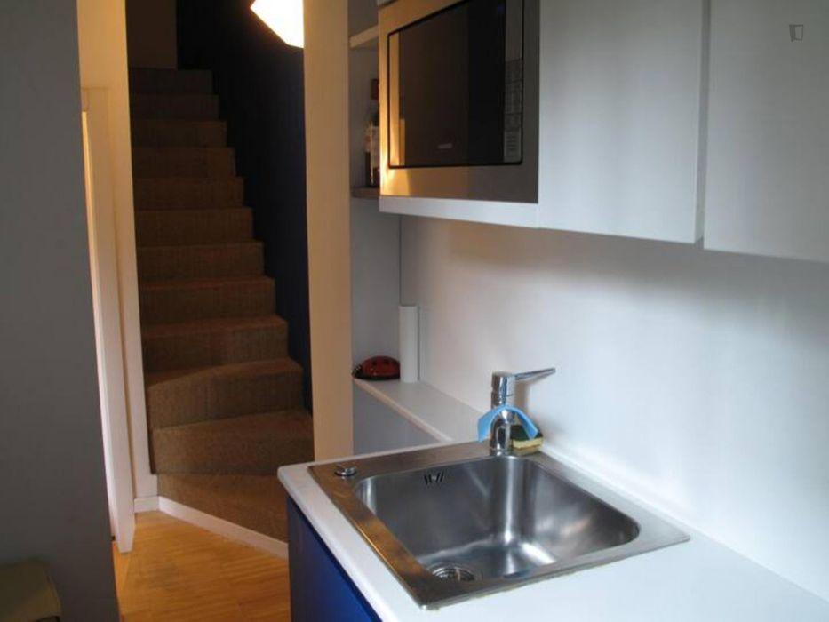 1-Bedroom apartment near Bausan tram stop